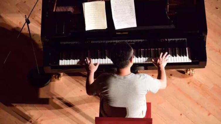 Swing的弹法 | 黄健怡爵士钢琴1